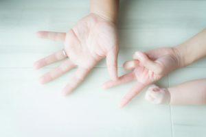 【手と手】手の魔法のお話